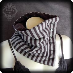 Victorian scarflette... interesting. I wouldn't mind trying this out.