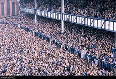 Goodison Park - Everton FC vs Liverpool FC in 1988 Football Music, Soccer Fans, Football Fans, Soccer Stuff, Arsenal Football, Liverpool City Centre, Liverpool Fans, Liverpool Football Club, Tottenham Football