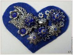 Брошь-сердечко из фетра - Ярмарка Мастеров - ручная работа, handmade