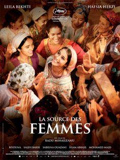 La source des femmes est un film de Radu Mihaileanu avec Leïla Bekhti, Hafsia Herzi. Synopsis : Cela se passe de nos jours dans un petit village, quelque part entre l'Afrique du Nord et le Moyen-Orient. Les femmes vont chercher l'eau à la source,