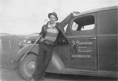 Robert Norcross standing in front of his general store truck, c. Nz History, Auckland New Zealand, Old Photographs, 2017 Images, Car Girls, General Store, Car Photos, Heritage Image, Old Pictures