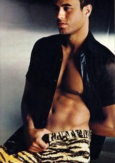 Enrique Iglesias is Hot