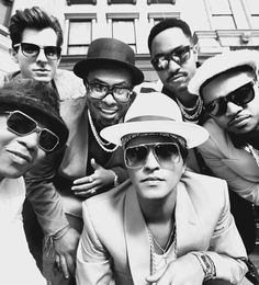 "Bruno Mark, Mark Ronson and the Hooligans in ""Uptown Funk"""