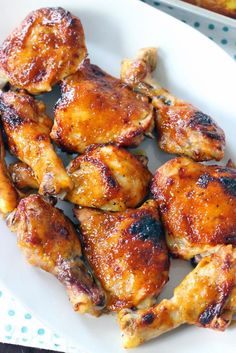 This recipe uses only TWO INGREDIENTS - barbecue sauce and chicken (plus a little olive oil salt and pepper) - to make the crispiest most perfectly glazed sweet sticky and tender barbecue baked chicken you will ever have. Oven Baked Bbq Chicken, Baked Chicken Drumsticks, Crispy Chicken, Bbq Chicken Thighs, Bbq Chicken Wings Oven, Sides For Bbq Chicken, Chicken Legs And Thighs Recipe, Oven Roasted Chicken Legs, Okra