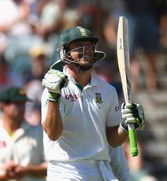 The best cricket photos from across the world Test Cricket, Cricket News, Ab De Villiers Batting, Ab De Villiers Photo, Football Helmets, South Africa, Abs, Perth, Australia
