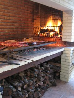I celebrate The in a house whit my family and a big barbecue , I helped to made it i think it was 1 hour or more cooking the steak and other things but it was great and tasty and the next day i go to a field relative and continue all of this for more days Asado Grill, Bbq Grill, Grilling, Outdoor Oven, Outdoor Cooking, Parrilla Exterior, Smoke Grill, Fire Cooking, Wood Fired Oven