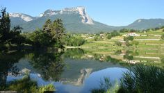 Un cadre naturel et agréable Au Pas de l'Alpette http://bougerenfamille.com/vacances-chambery-en-famille/