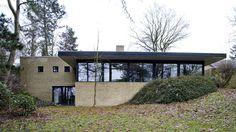 Billedresultat for cubontinism: Sofie Ladefoged Architecture - Villa Hvedebjergvej Minimalist Architecture, Amazing Architecture, Interior Architecture, Modern Exterior, Exterior Design, Villa, Stone Houses, Facade House, Future House