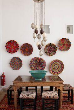 Une salle à manger d'inspiration marocaine