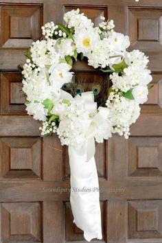 wedding wreath www.cabofloralstudio.com