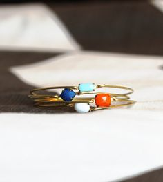 Beach Time Bangle Set Stackable Bracelet Set di SweetAuburnStudio