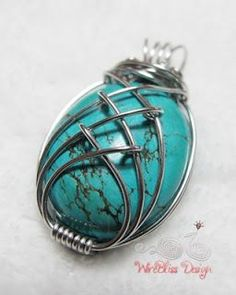 A blog about jewelry specifically wire jewelry, step by step wire jewelry tutorials, gemstones, semi-precious stones, pearls and crystals.