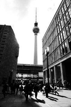 'Berlin Poster' von Falko Follert Kunst Poster Shop bei artflakes.com als Poster oder Kunstdruck $16.63
