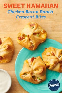 These delicious crescent bites prove that you can never go wrong when you combine chicken, bacon and ranch. Grab one before you serve these to your guests—they'll disappear fast! Appetizer Recipes, Appetizers For Party, Snack Recipes, Snacks, Cooking Recipes, Dinner Recipes, Party Recipes, Chicken Bacon Ranch, Crescent Roll Recipes