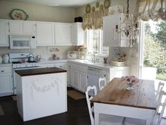 10 Beach-Inspired Shabby Chic Decorating Ideas : Page 04 : Decorating : Home & Garden Television
