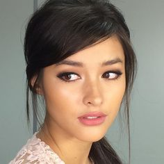Are you having a chic weekend?  Our darling @lizasoberano for our upcoming…