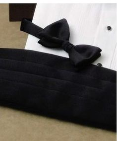 Bow tie and cummerbund sets are very popular in the fashion market. This is because when wearing a bow tie and cummerbund it is imperative that both items are in the exact same color. http://cumberbun.net/bow-tie-and-cummerbund-sets/