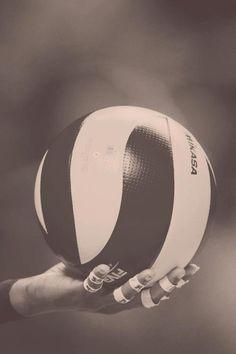 My life, passion and love. Ta moc, pasja. Te omocje, godziny treningow, wspaniale mecze, najlepsi kibice. Siatkowka.
