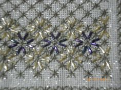 Beaded Embroidery, Embroidery Stitches, Embroidery Designs, Stitch Design, Beading Patterns, Diy And Crafts, Applique, Cross Stitch, Beads