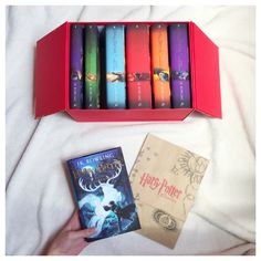 meaning monday, rezension, opinion, cover, book, to read, harry potter, collection box, jk rowling, leserunde