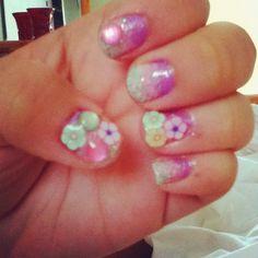 Cute spring nails =D
