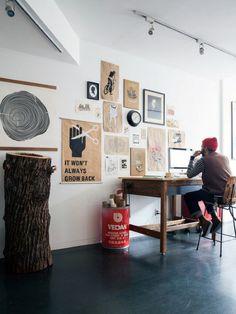 Jesse & Loren's - Home Office - Brooklyn Apartment… Small Workspace, Office Workspace, Loft Office, Office Spaces, Office Ootd, Artist Workspace, Men Office, Desk Space, Study Office