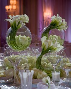 Calla lilies take a new twist @Mandy Bryant Bryant Bryant Dewey Seasons Hotel George V Paris