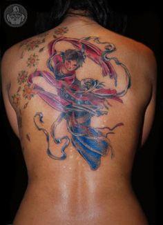 tattoos com Gueixa nas costas