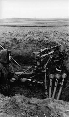 "ostfeldzug: "" A member of the Kriegsmarine Naval Infantry Division mans an in a defensive position near the town of Zehden (now Cedynia, Poland). Military Weapons, Military Art, Military History, Ww2 Pictures, Ww2 Photos, German Soldiers Ww2, German Army, Mg34, Germany Ww2"