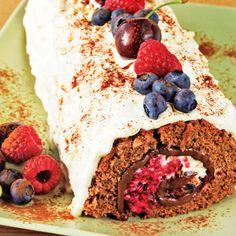 Chocolate Berry Roll Recipe - http://www.allbakingrecipes.com/recipes/chocolate-berry-roll-recipe/