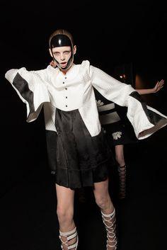 Alexander McQueen Spring 2015 Ready-to-Wear - Beauty - Gallery - Look 63 - Style.com