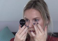 VIDEO: Zo krijg je donkere kringen weg