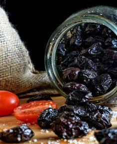 Ελιές θρούμπες πατητές - σπιτικές - Just life Blackberry, Fruit, Food, Essen, Blackberries, Meals, Yemek, Rich Brunette, Eten