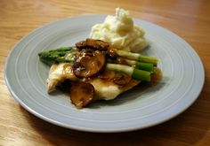 someday when i'm feeling ambitious, i will attempt to make this chicken madeira.