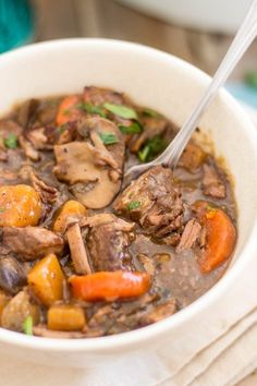 Squeaky Clean Slow Cooker Beef Bourgignon   thehealthyfoodie.com