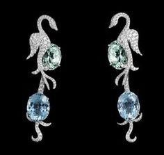 Bijoux légendaires par Laurenz Bäumer et Van Cleef & Arpels Aquamarine Earrings, Drop Earrings, Jewelry Box, Fine Jewelry, Real Costumes, Deep Meditation, Van Cleef Arpels, All That Glitters, Birthstones