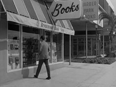Wow I loved Brentwood Books on San Vicente growing up L.A.'s (far) Westside!