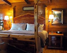 In the Kiamichi #Mountains of #Oklahoma, Eagle Creek Escape offers luxury #cabins with either a #lake or #river view. You'll be so comfortable, you won't want to leave.