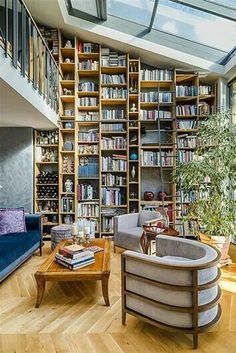 Floor to ceiling bookshelf Gorgeous books! Floor to ceiling bookshelf Gorgeous books! Floor to ceiling bookshelf Home Library Design, House Design, Loft Design, Interior Exterior, Home Interior Design, Floor To Ceiling Bookshelves, Bookcase Wall, Home Libraries, Reading Room