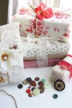 Beautiful paper, lace and vintage buttons