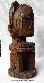 Papua Korwar woman figure - PADAIDO BIAK - Western Papua, 1st hafl of the 20th century - Reasonable condition http://auction.catawiki.com/kavels/474707-papua-korwar-woman-figure-padaido-biak-western-papua
