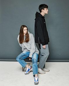 Union Low  16 S/S LOOKBOOK - WOMEN Top UNISEX BASIC LINE HOODIE GRAY - Bottom UNIQUE PATCH DENIM PANTS LIGHT - MEN Top UNISEX ULW ZIP HOODIE BLACK - Bottom ANKLE MEN WIDE SLACKS GRAY - Online Store www.unionlow.com by unionlow