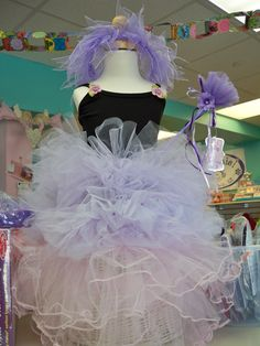 Tutu Display at girl this!