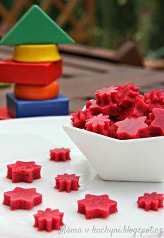 ♥ Máma v kuchyni ♥: Domácí gumové bombóny alá medvídci (od 1 roku) Weird Food, Kids Meals, Raspberry, Fruit, Crafts, Diet, Haha, Cooking, Pills
