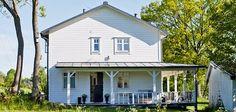 add a porch to a boring house