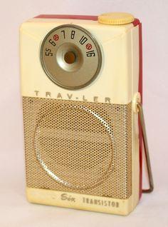 https://flic.kr/p/PQQPzQ   Vintage Trav-Ler Power Mite Transistor Radio, Model TR-287-B, AM Band Only, 6 Transistors, Ivory & Red Case, Made In USA, Circa 1958