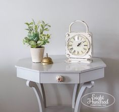 Seagull Gray Table - Eight Hundred Furniture Thrifty decorating, transform outdated and unwanted furniture into gorgeous masterpieces using Milk Paint! Check out paint products, painted furniture, repurposed furniture, furniture makeovers, diy furniture, furniture restoration, antiques, home decor and more.