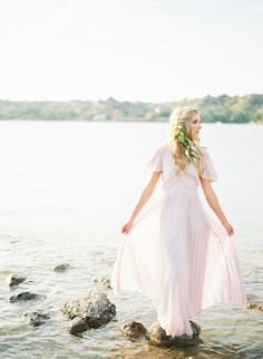 Beautiful organic bridal portraits featured in Trendy Bride Magazine. Creative Grooming, Alternative Wedding Dresses, Wedding Groom, Bridal Portraits, Tulle, Flower Girl Dresses, Bride, Becca, Photography