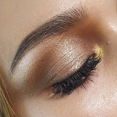 Dazzle dazzle! Golden eyes are our go-to look tonight! Via @finderskeepersthelabel #makeup #goldeneyes #smokeyeye #flawless #inspiration  via FASHION TRENDS on INSTAGRAM -Celebrity  Fashion  Haute Couture  Advertising  Culture  Beauty  Editorial Photography  Magazine Covers  Supermodels  Runway Models