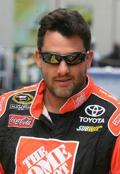 Tony Stewart Girlfriend Krista Kiss | Tony Stewart is all smiles in the garage after unveiling his new car ...